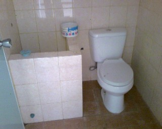 desain-kamar-mandi-sederhana