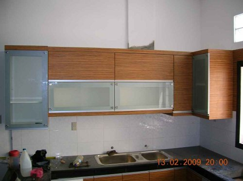 5 model lemari dapur sederhana rumah minimalis 2015