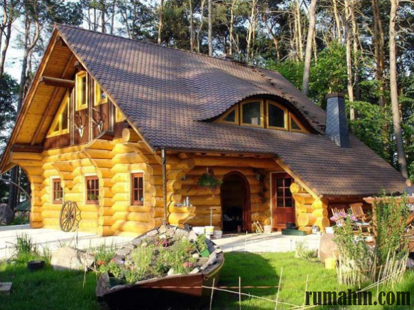 Rumah kayu tradisional merupakan rumah yang masih mengutamakan gaya klasik dan gaya yang memang masih bergaya jaman dulu. Bentuk dinding bentuk tiang dan ... & Desain Rumah Kayu Tradisional Dan Rumah Kayu Modern | Rumah ...